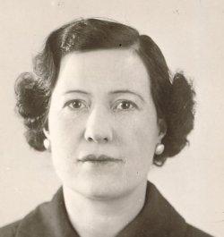 Corinne (Elsa Maria) Oliver Lindqvist 1897-1988 - lindquist_corinne_1987-10-061